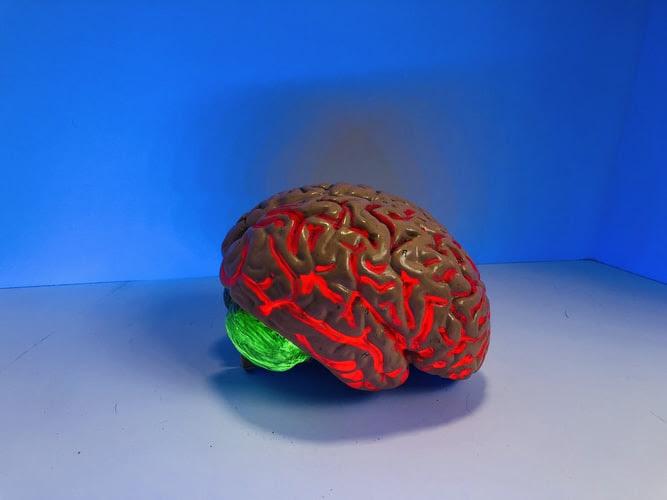 як гаджети впливають на мозок